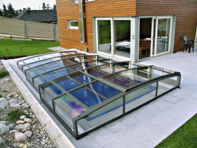 Pool pool berdachung whirlpools poolzubeh r for Swimmingpool abverkauf